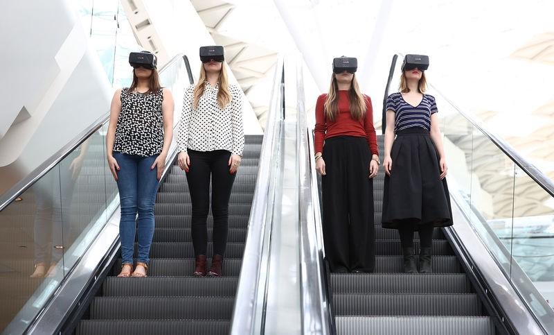 virtual reality fashion