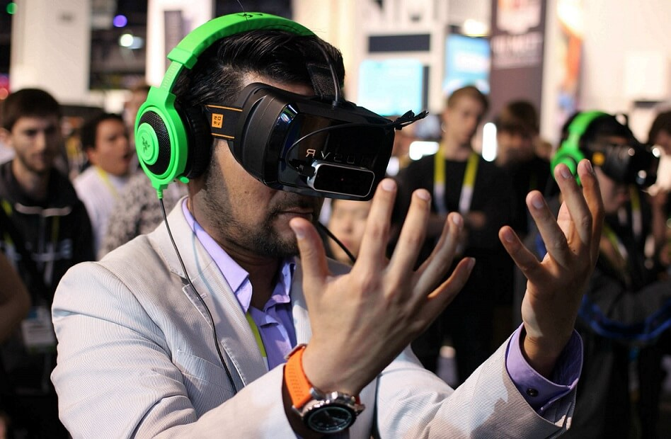 how much does the virtual reality cost