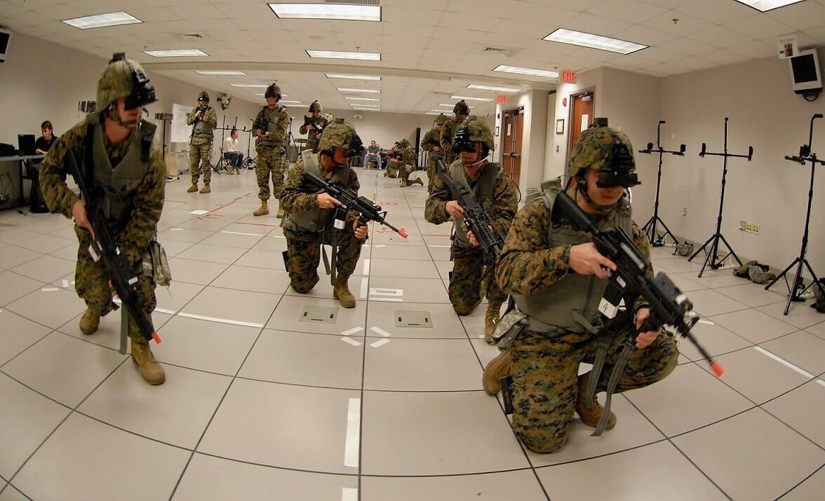 virtual reality in military training